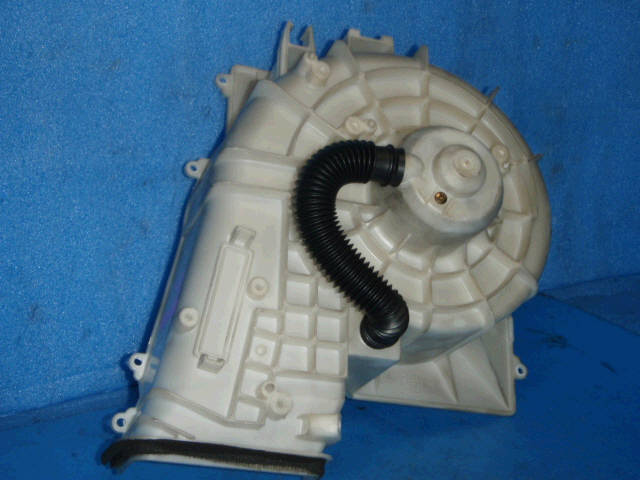 Мотор печки NISSAN SUNNY FB15. Фото 10