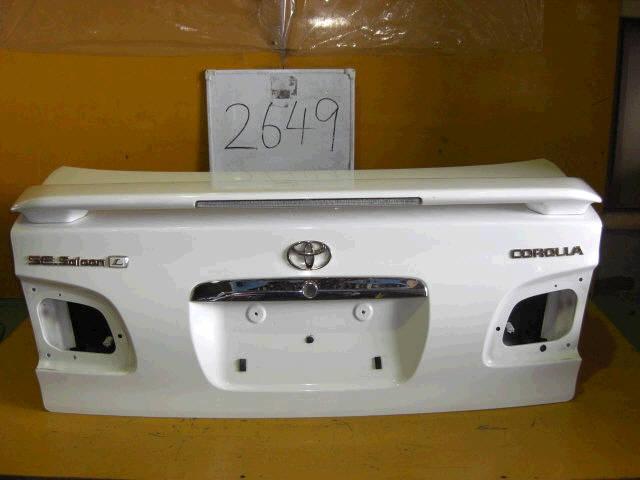 Крышка багажника TOYOTA COROLLA AE110. Фото 7