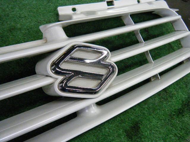 Решетка радиатора SUZUKI SWIFT HT51S. Фото 11