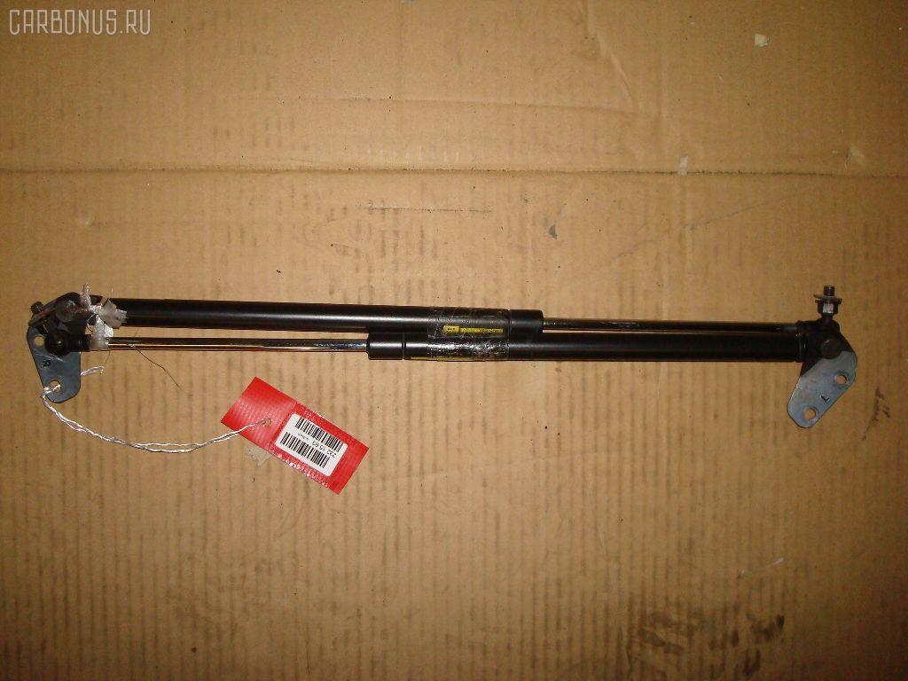 Амортизатор двери DAIHATSU YRV M201G Фото 1
