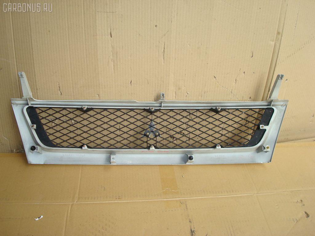 Решетка радиатора MITSUBISHI DINGO CQ2A. Фото 3