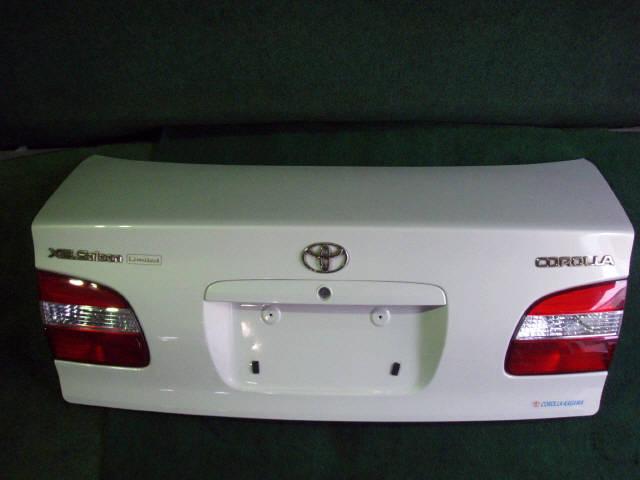 Крышка багажника TOYOTA COROLLA AE110. Фото 9