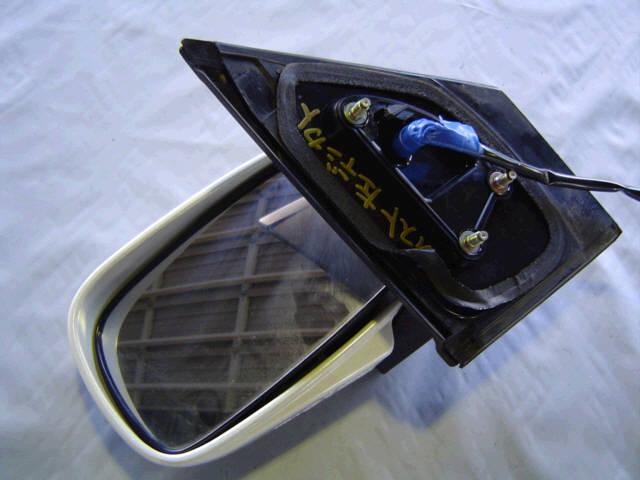 Зеркало двери боковой TOYOTA IST NCP65. Фото 4
