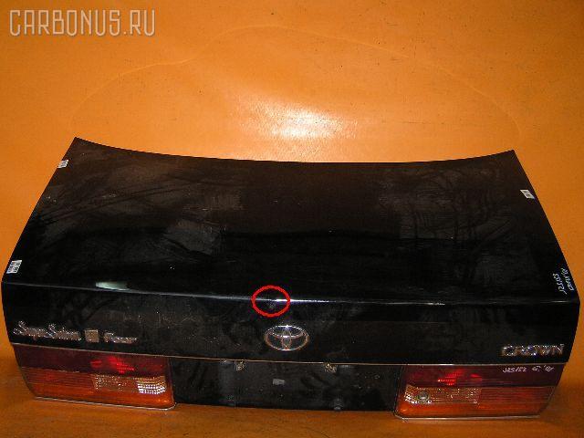 Крышка багажника TOYOTA CROWN JZS153. Фото 2