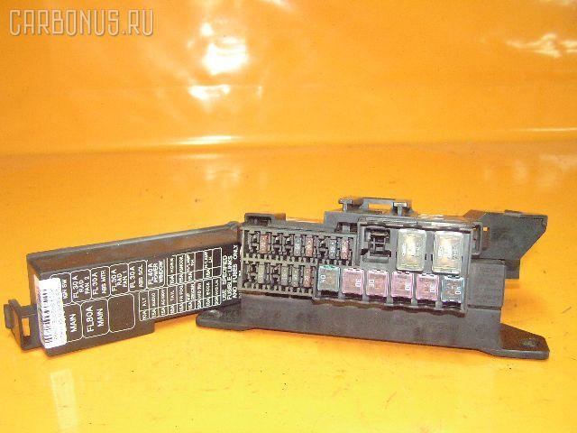 Блок предохранителей NISSAN SERENA PC24 SR20DE. Фото 3