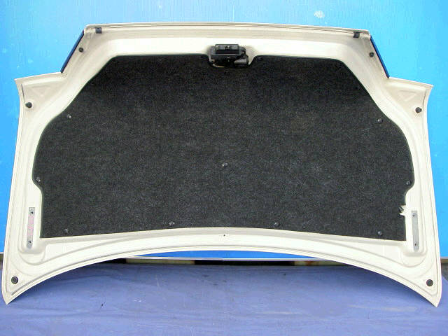 Крышка багажника TOYOTA CRESTA GX100. Фото 5