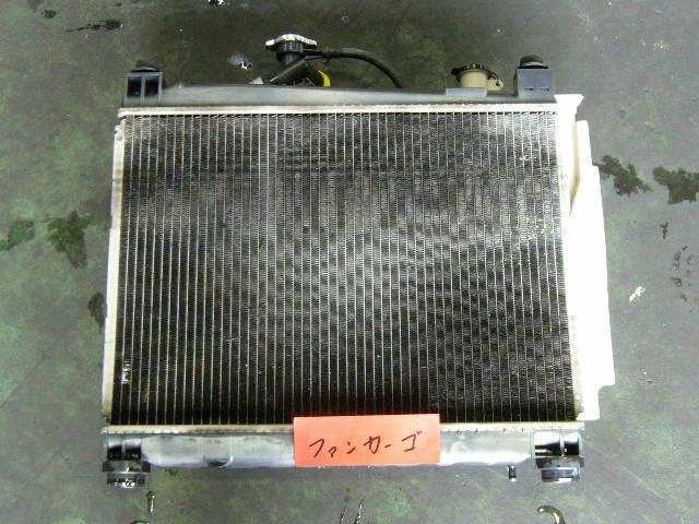 Радиатор ДВС TOYOTA IST NCP61 1NZ-FE. Фото 4