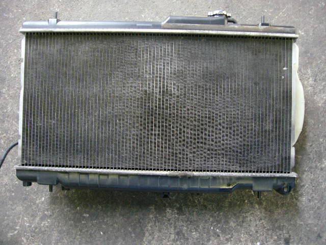 Радиатор ДВС SUBARU LEGACY WAGON BH9 EJ25. Фото 2