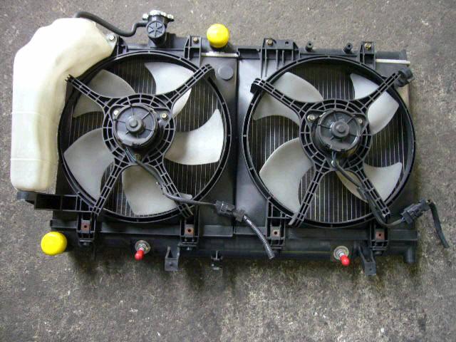 Радиатор ДВС SUBARU LEGACY WAGON BH9 EJ25. Фото 1
