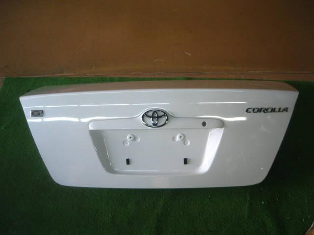 Крышка багажника TOYOTA COROLLA ZZE122. Фото 2