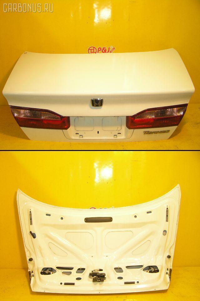 Крышка багажника HONDA TORNEO CF3. Фото 3