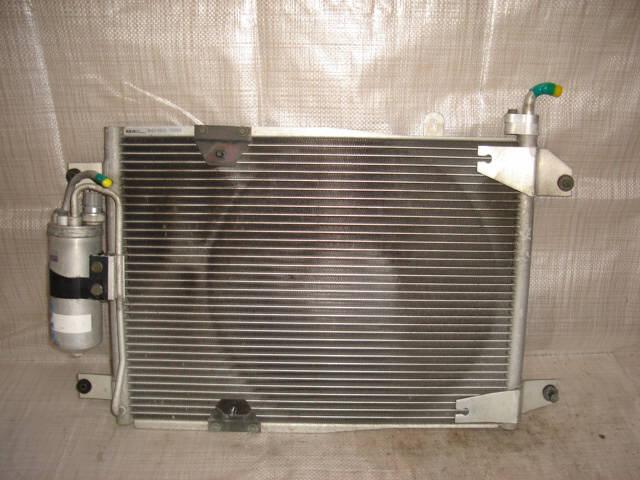 Радиатор кондиционера SUZUKI ESCUDO TA02W G16A. Фото 2