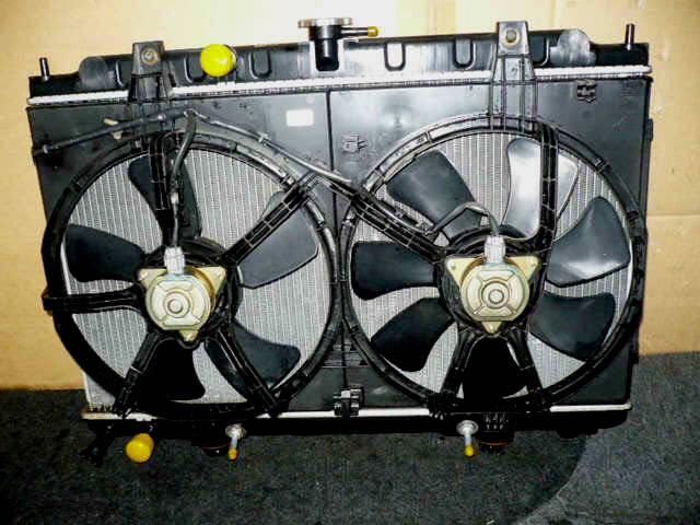 Радиатор ДВС NISSAN TINO V10 QG18DE. Фото 2