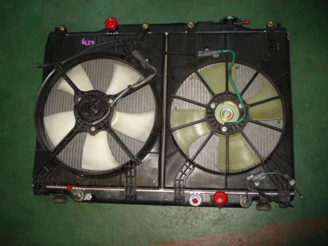 Радиатор ДВС HONDA STEP WGN RF3 K20A. Фото 2