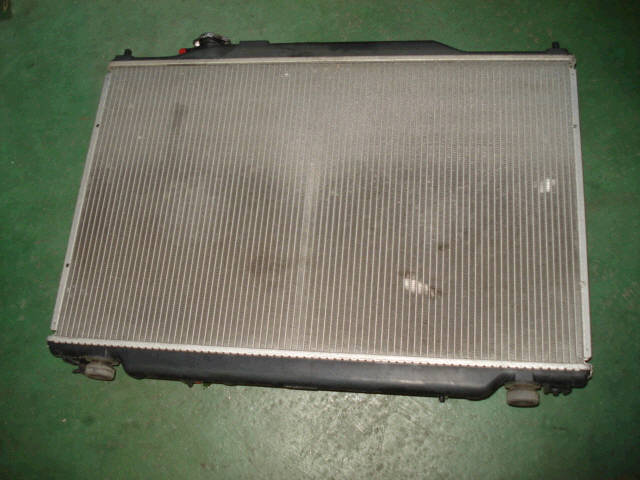 Радиатор ДВС HONDA STEP WGN RF3 K20A. Фото 1