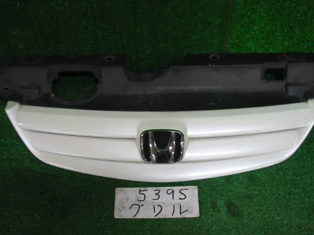 Решетка радиатора HONDA CIVIC FERIO ES1. Фото 3