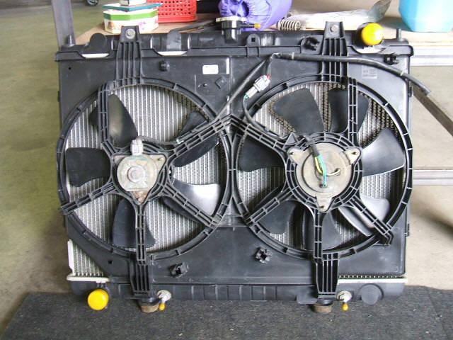 Радиатор ДВС NISSAN RNESSA N30 SR20DE. Фото 9