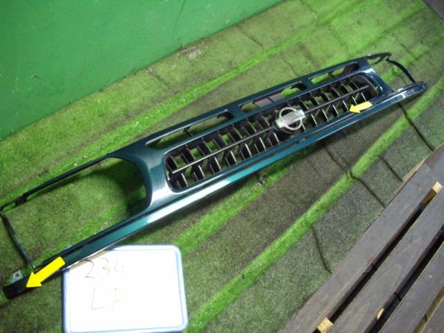 Решетка радиатора NISSAN TERRANO LR50. Фото 3