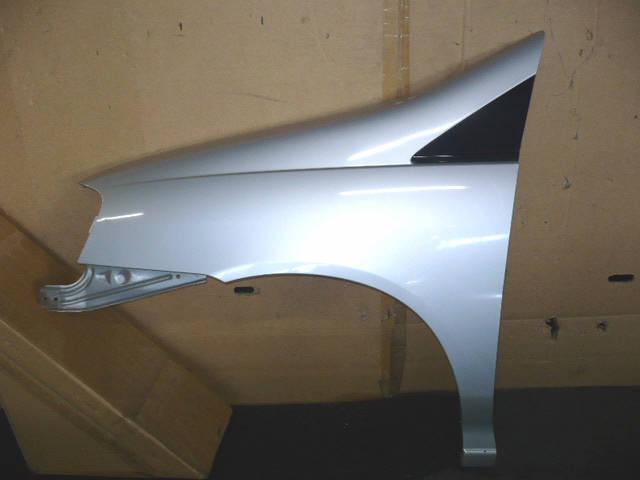 Крыло переднее NISSAN LIBERTY PNM12. Фото 1