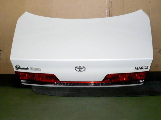 Крышка багажника TOYOTA MARK II GX100. Фото 3
