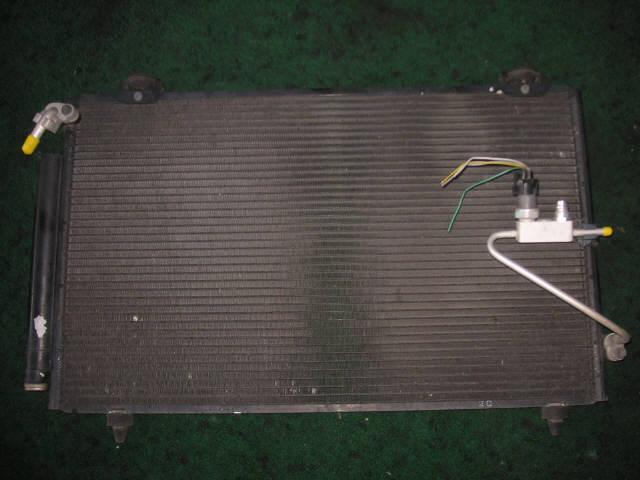Радиатор кондиционера TOYOTA COROLLA SPACIO ZZE122N 1ZZ-FE. Фото 3
