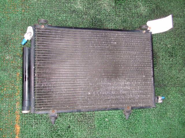 Радиатор кондиционера TOYOTA PLATZ SCP11 1SZ-FE. Фото 2