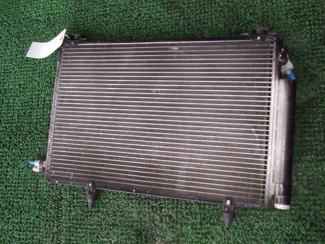 Радиатор кондиционера TOYOTA PLATZ SCP11 1SZ-FE. Фото 1