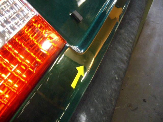 Крышка багажника TOYOTA VISTA SV50. Фото 2