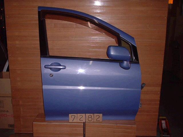 Дверь боковая NISSAN LIBERTY PM12. Фото 4