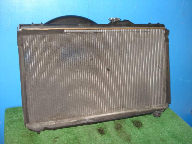 Радиатор ДВС TOYOTA MARK II JZX100 1JZ-GE. Фото 2