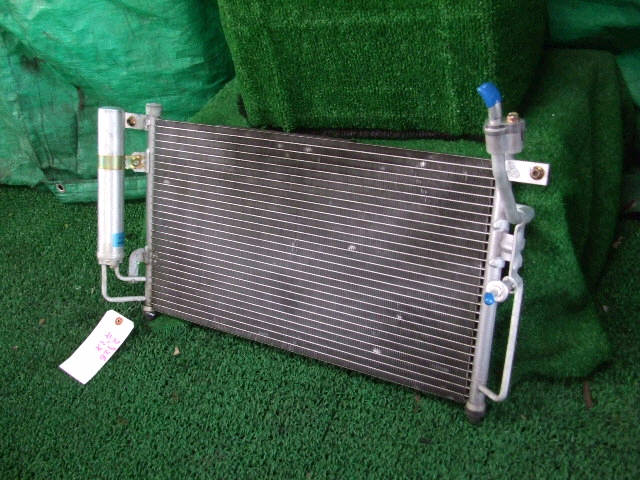 Радиатор кондиционера MAZDA DEMIO DY3W ZJ-VE. Фото 6