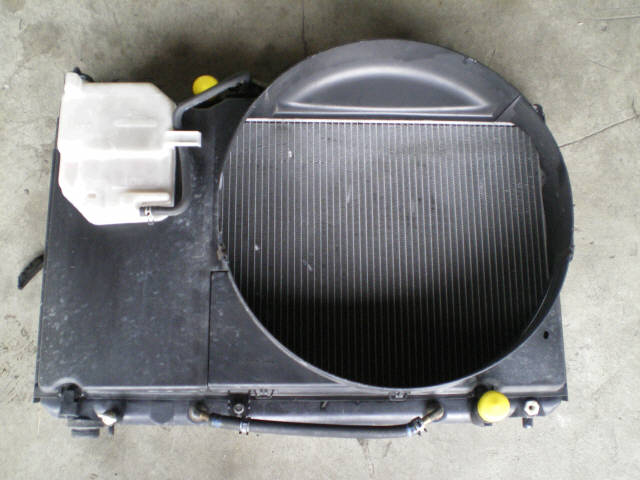 Радиатор ДВС TOYOTA MARK II JZX100 1JZ-GE. Фото 5