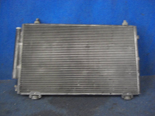 Радиатор кондиционера TOYOTA COROLLA SPACIO NZE121N 1NZFE. Фото 6