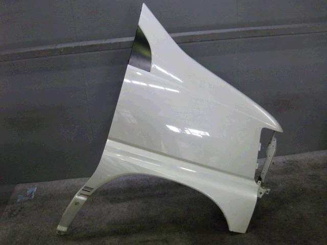 Крыло переднее NISSAN ELGRAND ALWE50. Фото 2