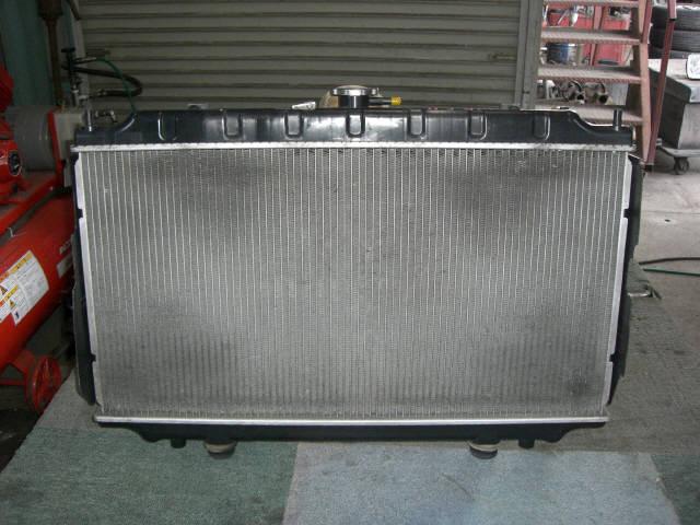 Радиатор ДВС NISSAN PRIMERA WAGON WQP11 QG18-DD. Фото 2