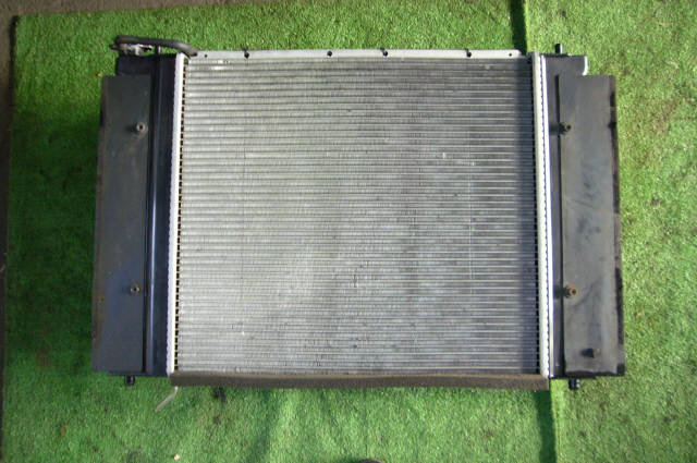 Радиатор ДВС TOYOTA CHASER JZX90 1JZ-GTE. Фото 2
