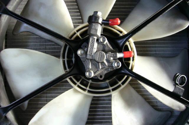 Радиатор ДВС TOYOTA JZX90 1JZ-GTE. Фото 1
