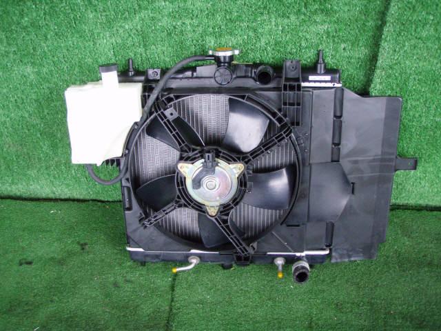 Радиатор ДВС NISSAN CUBE BZ11 CR14DE. Фото 2