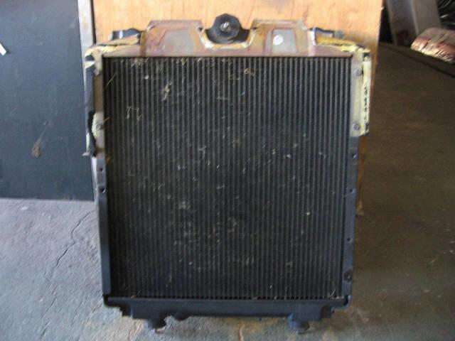 Радиатор ДВС MITSUBISHI CANTER FB501B 4M40. Фото 4
