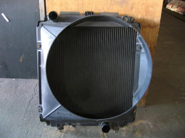 Радиатор ДВС MITSUBISHI CANTER FB501B 4M40. Фото 3