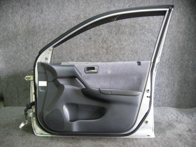 Дверь боковая HONDA CIVIC EU3. Фото 1