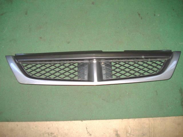 Решетка радиатора NISSAN WINGROAD WHNY11. Фото 8