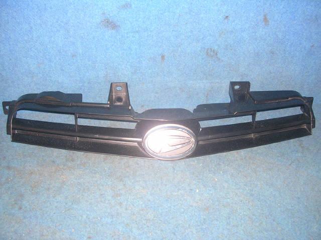 Решетка радиатора DAIHATSU YRV M211G. Фото 2
