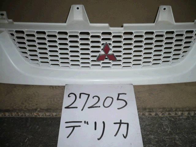 Решетка радиатора MITSUBISHI DELICA SPACE GEAR PD8W. Фото 7