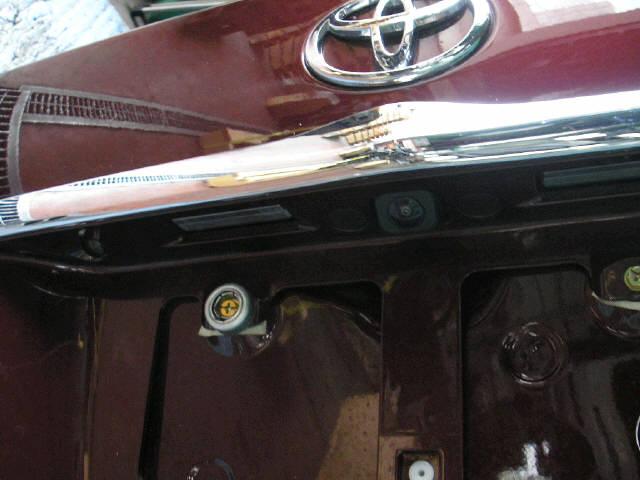 Крышка багажника TOYOTA BREVIS JCG10. Фото 1