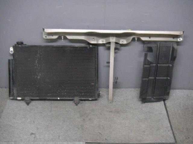 Радиатор кондиционера TOYOTA VITZ NCP15 2NZ-FE. Фото 1