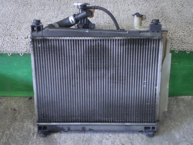 Радиатор ДВС TOYOTA IST NCP61 1NZ-FE. Фото 7