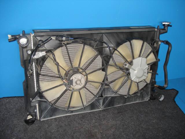 Радиатор ДВС TOYOTA VISTA ARDEO SV50G 3S-FSE. Фото 3