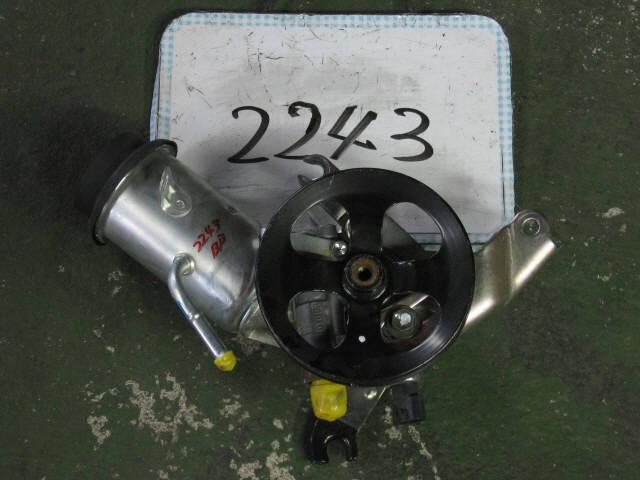 Гидроусилителя насос TOYOTA BB NCP31 1NZ-FE. Фото 2