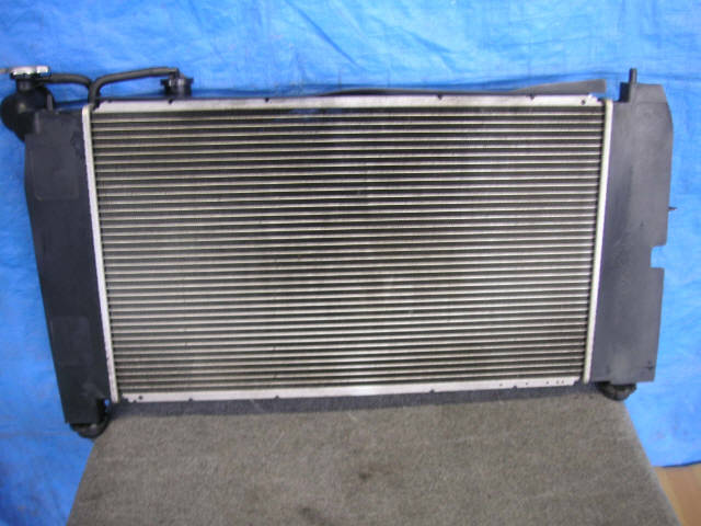 Радиатор ДВС TOYOTA WILL VS ZZE129 1ZZ-FE. Фото 3